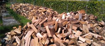 Livraison de bois de chauffage à domicile, bois bûche vrac, bois en palette - Renseignez-vous !